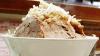 大阪のドカ盛り二郎系ラーメン「ラーメン荘 歴史を刻め」で全マシマシを食べてきた