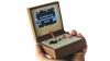 ゲーム機にまさかの木の質感。ゲームボーイアドバンスSP風な携帯ゲーム機