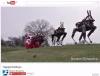 Boston Dynamicsの犬型ロボット、サンタのソリのトナカイに