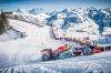 F1カーが雪山を爆走する様子をご覧ください