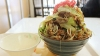 てんこ盛りの「肉そば」で有名な沖縄の波布食堂に行ってきました