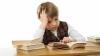 子どもに宿題をさせると悪影響しかないことが明らかに