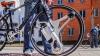 1分でマイ自転車を最大時速32kmで約48kmも走行可能な電動自転車に変える「GeoOrbital Wheel」